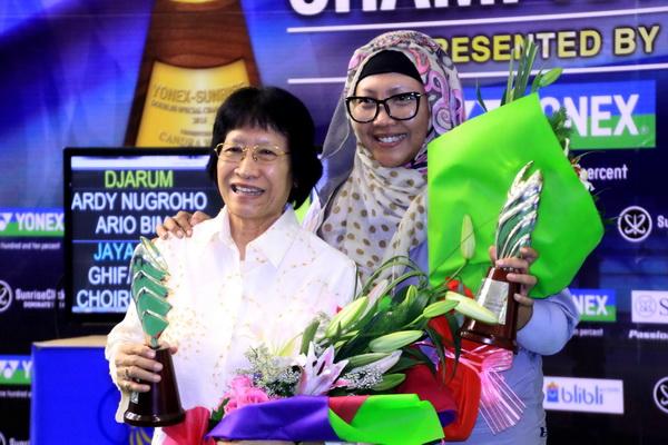 CWIBC Memberikan Penghargaan Legenda Ganda Puteri Ibu Retno Kustijah/Alm. Minarni Sudaryanto